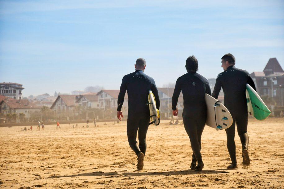 Surf Tour et guide au pays basque - txiki combi