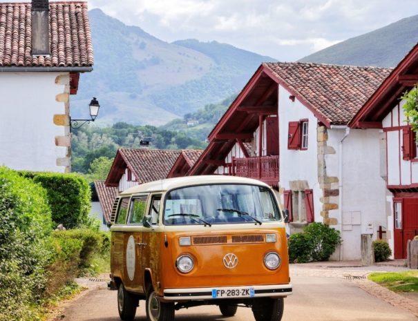 Visite villages du pays basque insolite et originale | Txiki Combi Pays Basque