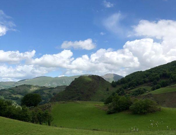Weekend en montagne au pays basque   Escapade insolite Pays Basque Txiki Combi